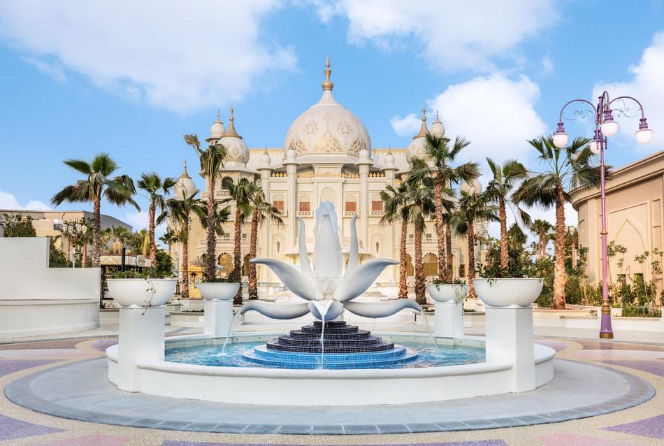 Dubai Parks and Resorts and Omnico create a smart resort (PRNewsfoto/Omnico)
