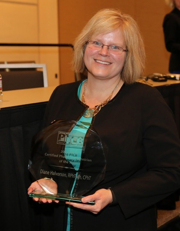 Diane Halvorson, RPhTech, CPhT, accepts her PTCB CPhT of the Year (2016) trophy.