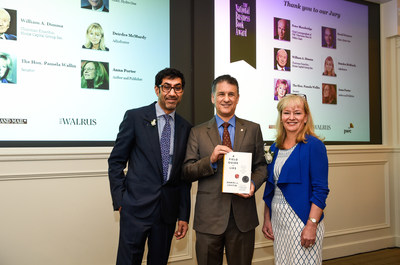 From left to right: Tahir Ayub, Managing Partner, Markets and Industries at PwC Canada, Daniel J. Levitin, NBBA Winner, and Connie Stefankiewicz, Chief Marketing Officer, BMO Financial Group. (CNW Group/PwC (PricewaterhouseCoopers))