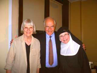 Mother Dolores Hart, OSB (right) with Sr Marilyn Ellickson, Development Manager of The Leo House (left) and David J. Smith, Executive Director of The Leo House (center)