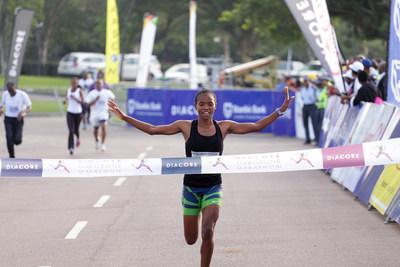 Diacore Gaborone Marathon Welcomes De Beers Youth Innovators Botswana Initiative (PRNewsfoto/Diacore)
