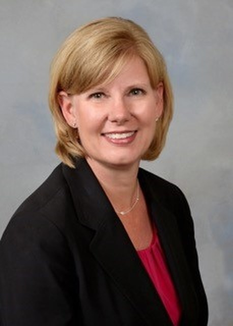 Robin Robertson, Senior Vice President, Retail Banking Director