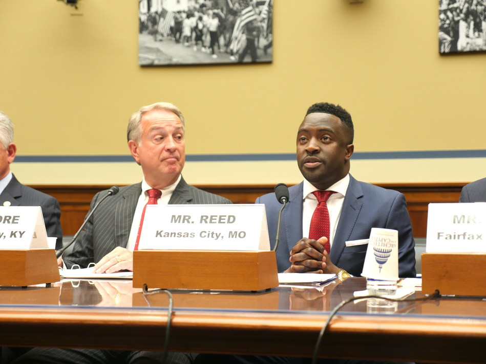 Councilmember Jermaine Reed (R), Kansas City, Missouri, and Judge/Executive Gary Moore (L), Boone County, Kentucky, testify before the House Committee on Oversight and Government Reform Subcommittee on Intergovernmental Affairs on April 26, 2017. PHOTO CREDIT: SAM WARLICK/NLC.