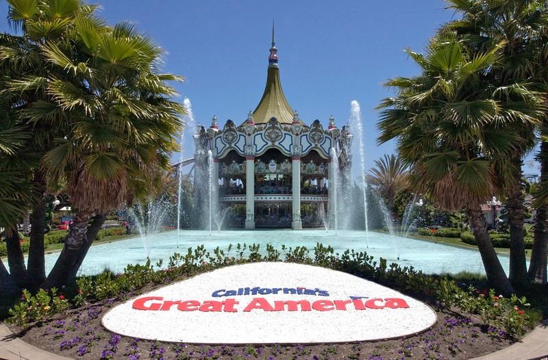 California's Great America theme park in Santa Clara, California. (PRNewsFoto/Santa Clara Convention & Visitors Bureau)
