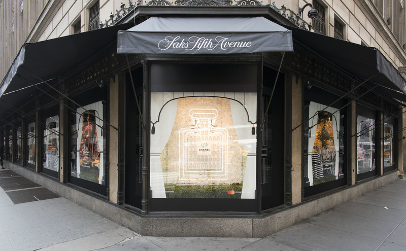Saks Fifth Avenue Glam Gardens Windows / Courtesy of Eugene Gologursky for Getty Images