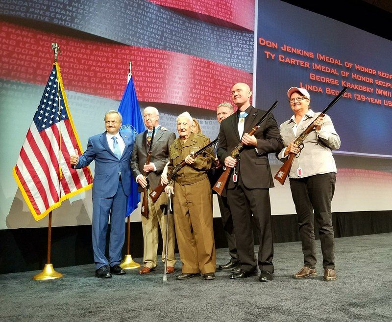 Veteran heroes honored by Henry Repeating Arms during 2017 National NRA Foundation Banquet in Atlanta, GA.  L to R: Anthony Imperato, President of Henry Repeating Arms, with Honorees Don Jenkins, George J Krakosky, Ty Carter and Linda Becker.