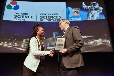 Eugenia Duodo, Executive Director of Visions of Science thanks Ontario Science Centre CEO, Maurice Bitran, for hosting over 300 youth from 19 community science groups at the Visionary Expo on International Astronomy Day. (CNW Group/Ontario Science Centre)