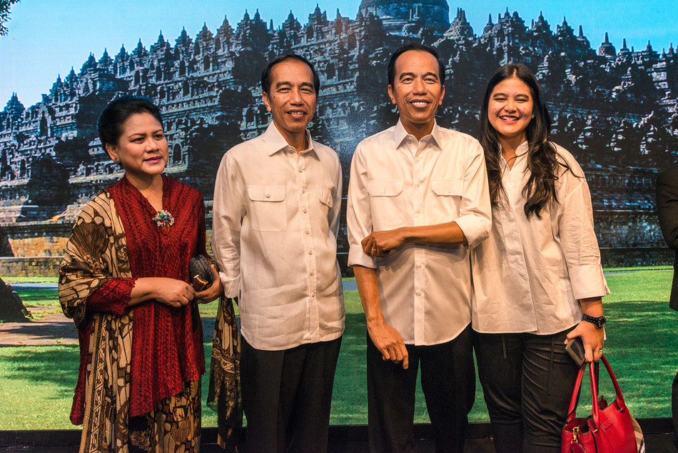 President Joko Widodo and his family make private visit to Madame Tussauds Hong Kong to unveil his world-first wax figure