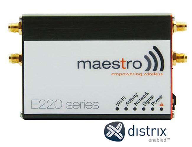 Maestro E220 Series with Distrix SDN Software