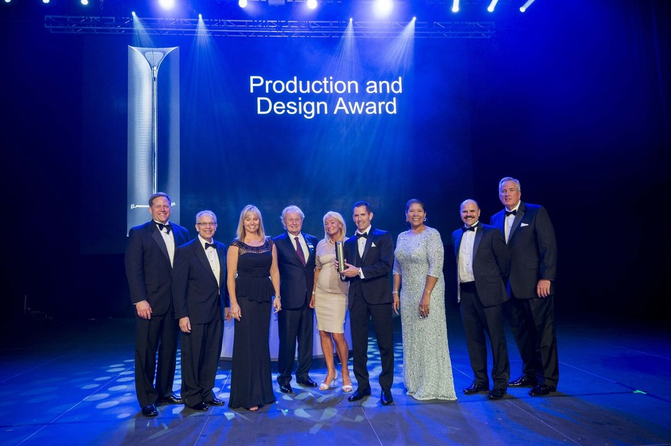 EnCore accepts Supplier of the Year award from Boeing