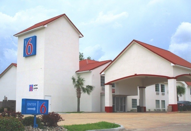 Motel 6 in Crowley, LA (Photo Credit: Motel 6)