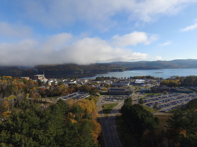 Un investissement planifié de plus de 1,2 milliard de dollars pour les installations et l'infrastructure des laboratoires de Chalk River permettra la revitalisation du campus, la construction des bâtiments modernes et efficient, et des laboratoires de recherche de calibre mondial (Groupe CNW/Laboratoires Nucléaires Canadiens)