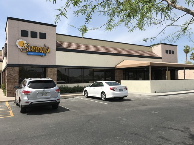 New location for Sunny's Diner for Breakfast and Lunch - Chandler Plaza