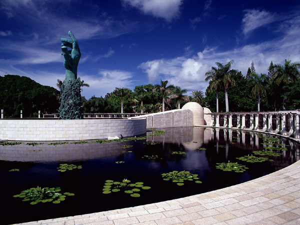 A Hikvision security system will help secure the iconic Holocaust Memorial Miami Beach. This sculpture, by Kenneth Treister, is located in the Garden of Meditation at the Memorial.