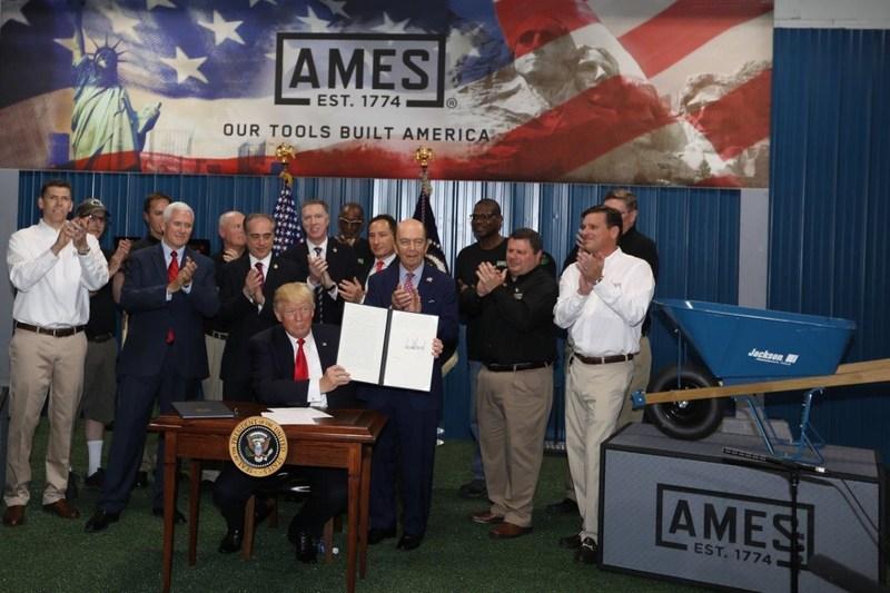 From left to right: Jake Haas (AMES), Randy Blantz (AMES), Bob Novak (AMES), Vice President Michael R. Pence, Bill Babbs (AMES), Secretary of Veterans Affairs David Shulkin, Griffon COO Bob Mehmel, President Donald J. Trump, Ron Drummond (AMES), Griffon CEO Ron Kramer, Secretary of Commerce Wilbur Ross, Kevin Allen (AMES), Mike Sarrica (Griffon), Mark Traylor (AMES) and Chris Ebling (AMES).