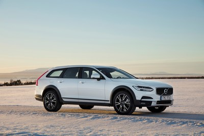 The all-new V90 Cross Country (CNW Group/Volvo Car Canada Ltd.)