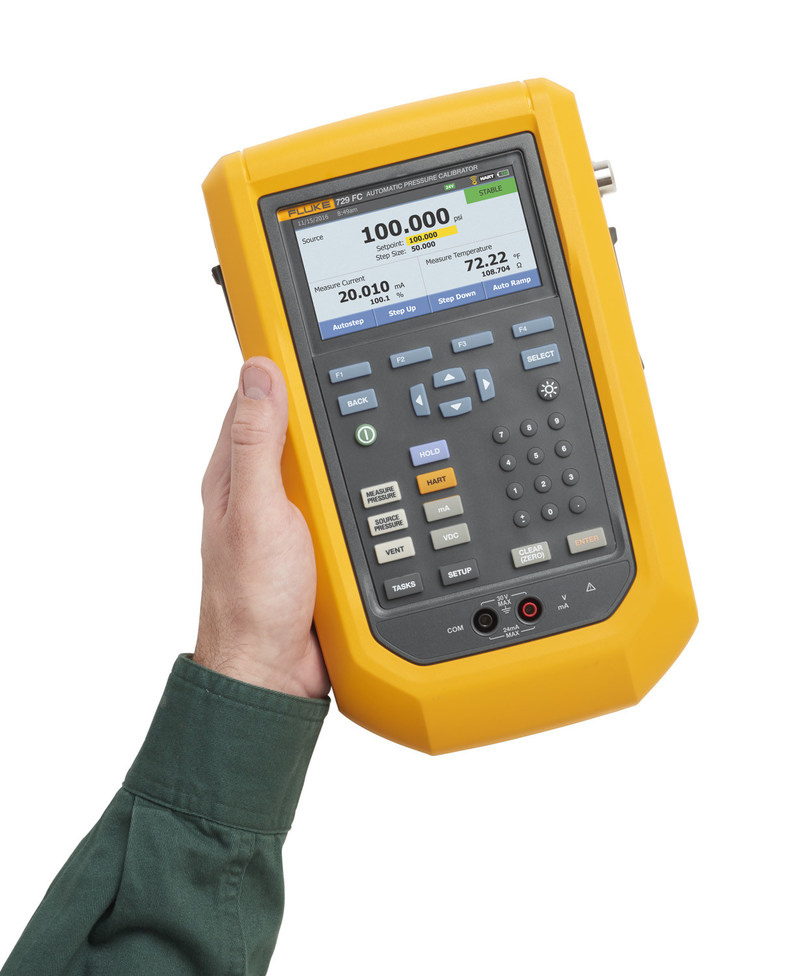With the rugged, portable 729, technicians simply input a target pressure and the calibrator automatically pumps to the desired set-point while the internal fine adjustment control stabilizes the pressure at the requested value, delivering more accurate results and speeding the calibration process.