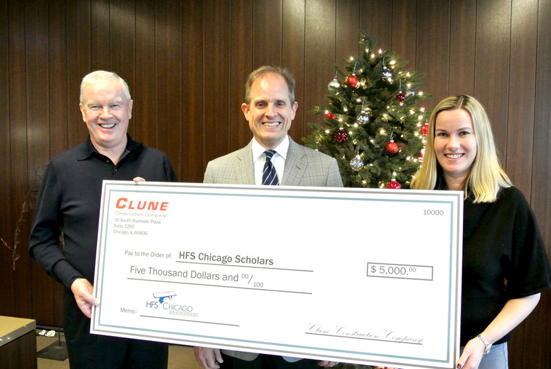 Clune donates to HFS Chicago Scholars.