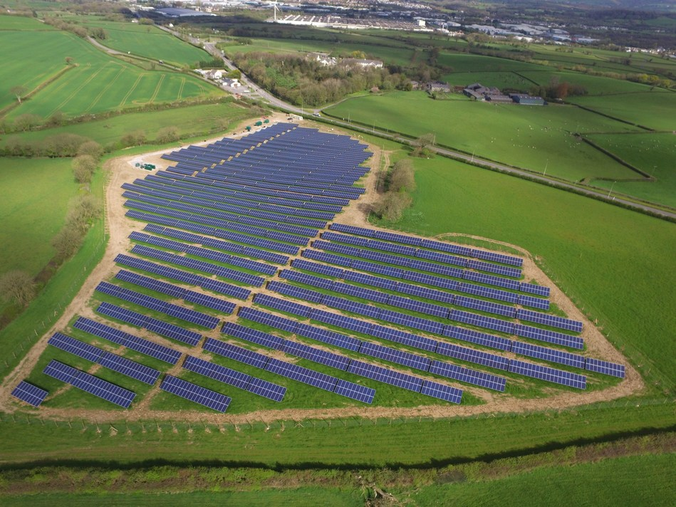 ET Energy Commissions 26 MWp of Solar Projects in the UK