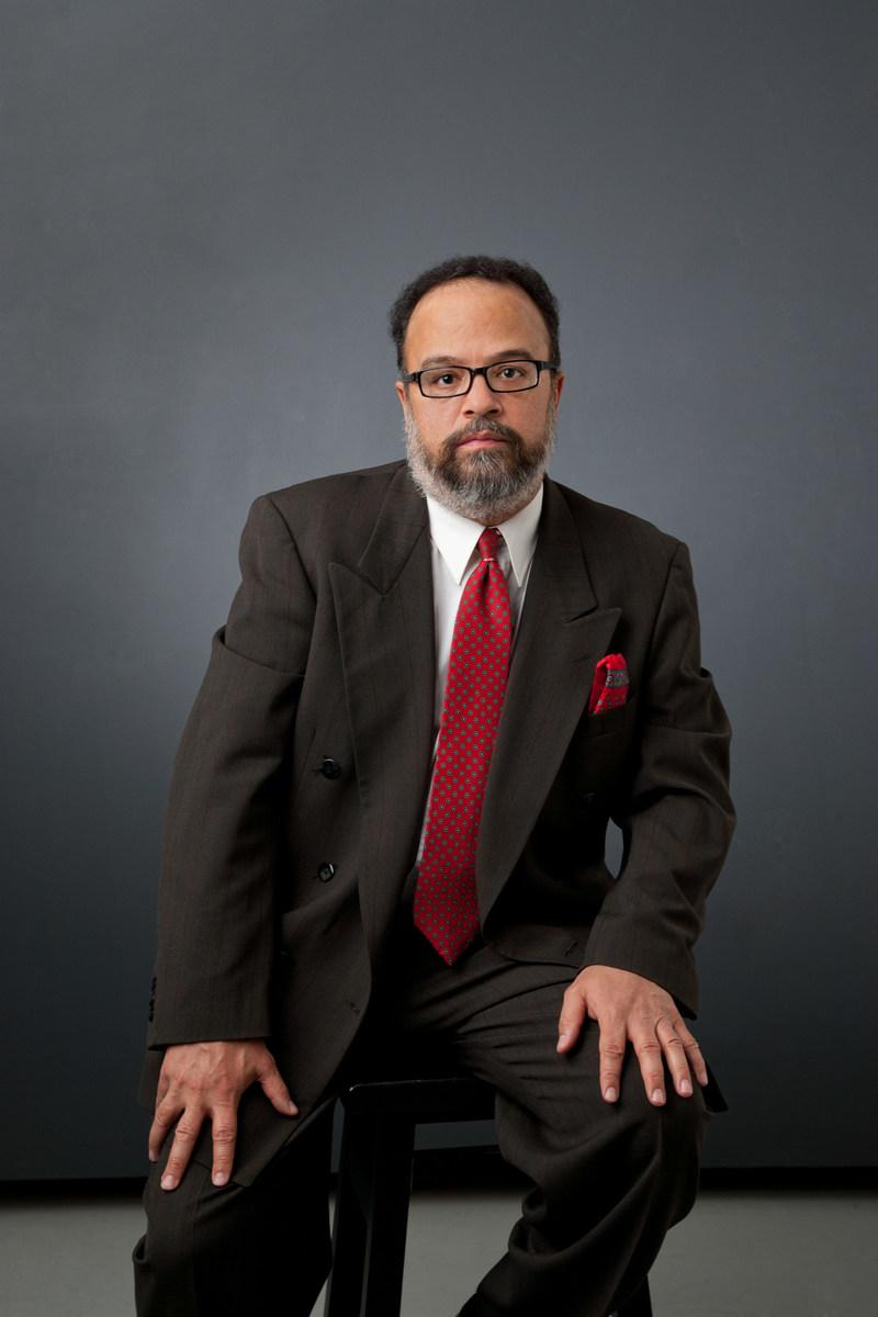 Author Dewey B. Reynolds