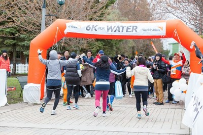 30,000 children now have access to clean water thanks to participants of the Global 6K (CNW Group/World Vision Canada)
