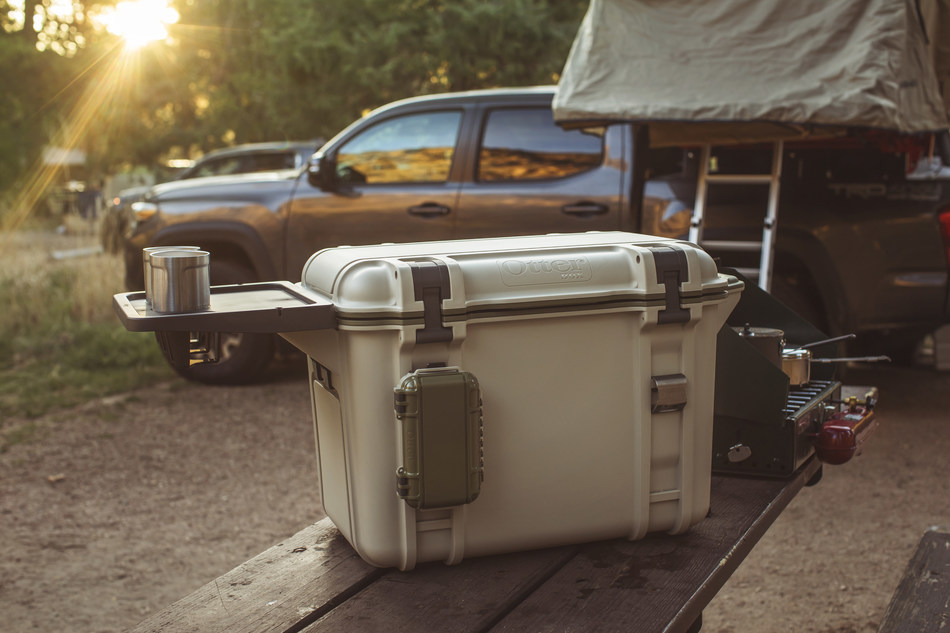 Venture coolers are the perfect companion for every camping trip, whether it is for a night, weekend or week-long time away. Attach accessories to make Venture suit your lifestyle.