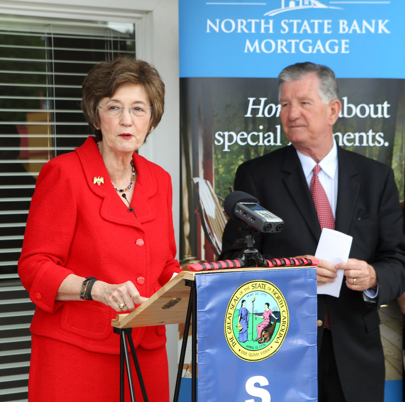 North Carolina Secretary of State Elaine Marshall and North State Bank Mortgage President Ken Sykes Make Remarks at First-Ever Fully-Electronic Mortgage Closing in North Carolina