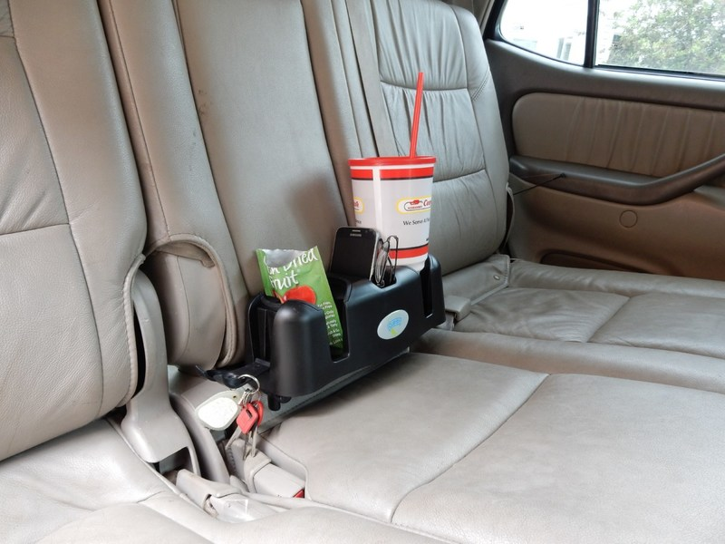 Cupsy versatile drink organizer is a cup holder that can be used by everyone, everywhere from the car to the couch, beach to bed.