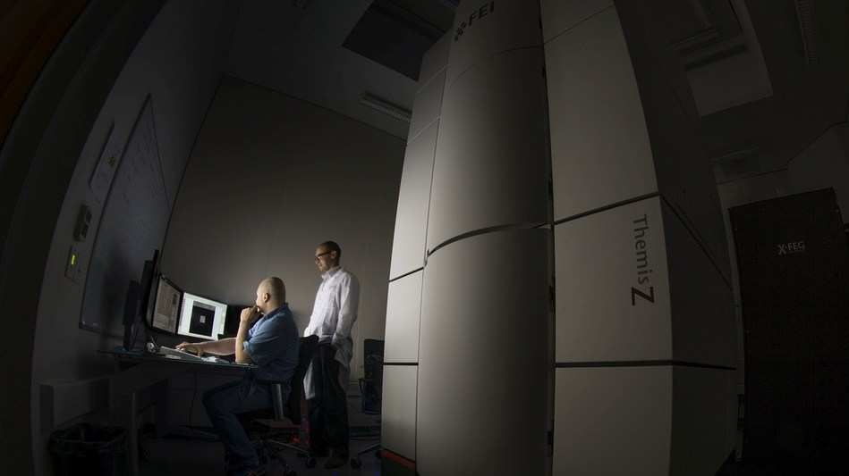 The Titan Themis Z scanning transmission electron microscope in the KAUST Core Labs. Photo by Basil Chew. (PRNewsfoto/KAUST and Thermo Fisher)