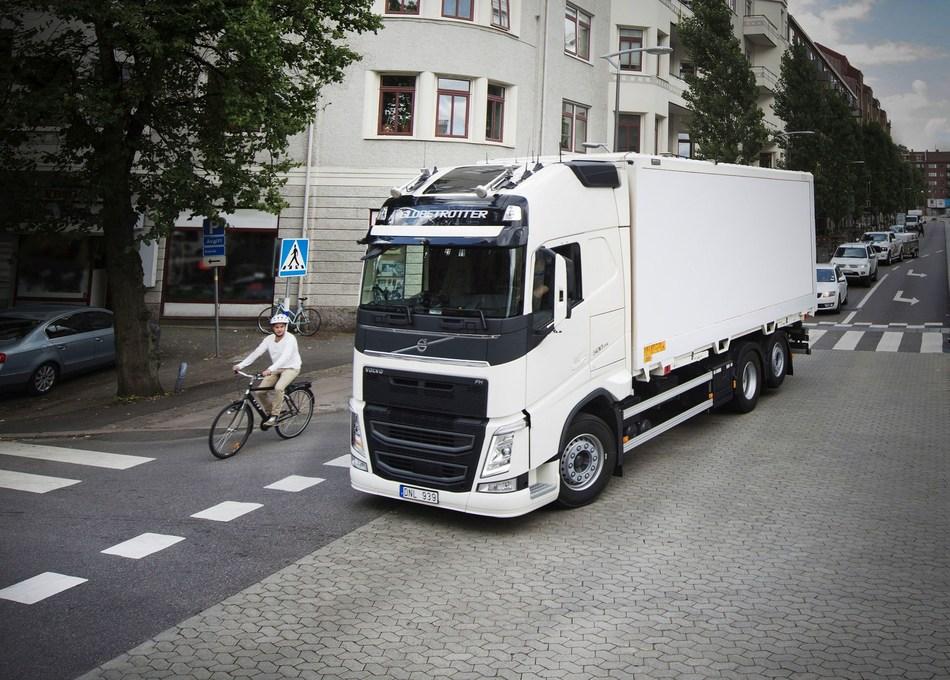 Vulnerable road-users are in focus in the 2017 Volvo Trucks Safety Report. (PRNewsfoto/Volvo Trucks)