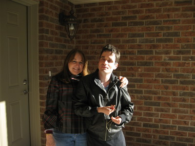 Anne and her son John (CNW Group/DeafBlind Ontario Services)