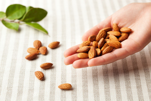 Simple Snack Swaps with Almonds Can Lead to Huge Nutrition Benefits