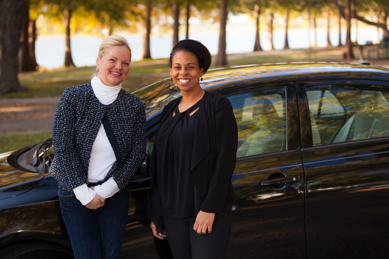 Michelle Corson, founder and CEO of On The Road Lending with client Ericka Griffin (Photographer/John B. Sutton, Jr., Sutton Pictures)