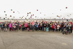 Groupe Germain Hôtels offre 400 ballons de soccer aux élèves de l'École de l'Île d'Orléans (Groupe CNW/Groupe Germain)