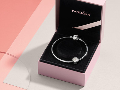 PANDORA Jewellery Mother's Day collection (CNW Group/Pandora Jewelry, Inc.)