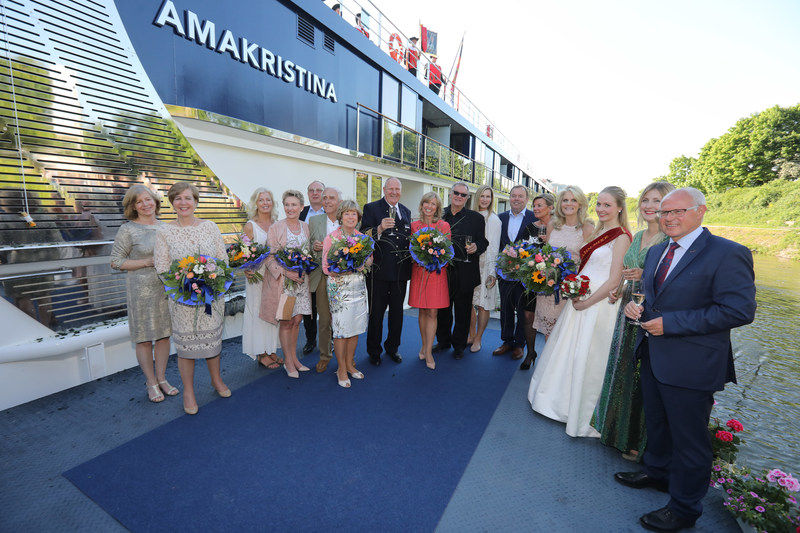 AmaWaterways Executives, Past Godmothers and Industry Friends Gather to Celebrate Christening of AmaKristina