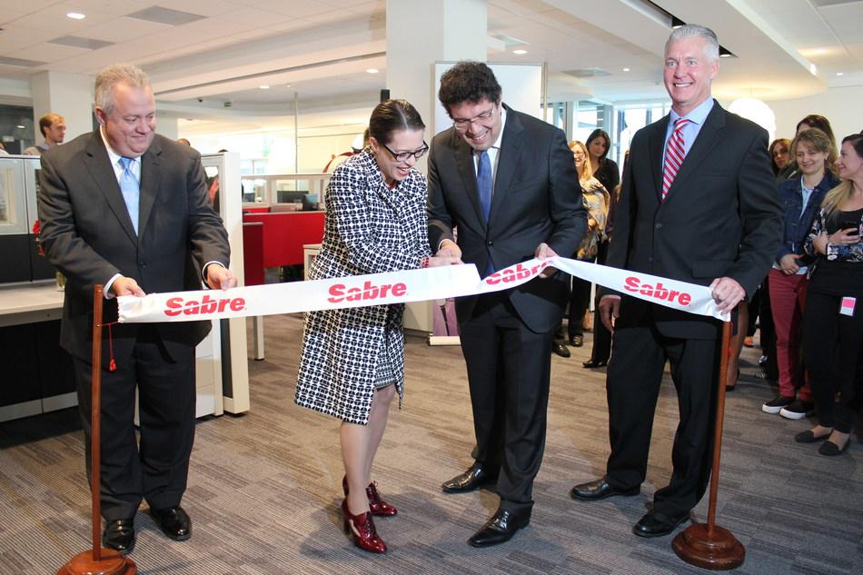 Foto: De Cárdenas, Carreón y Jones de Sabre, junto a Embajadora de EE.UU. en Uruguay, Kelly Keiderling