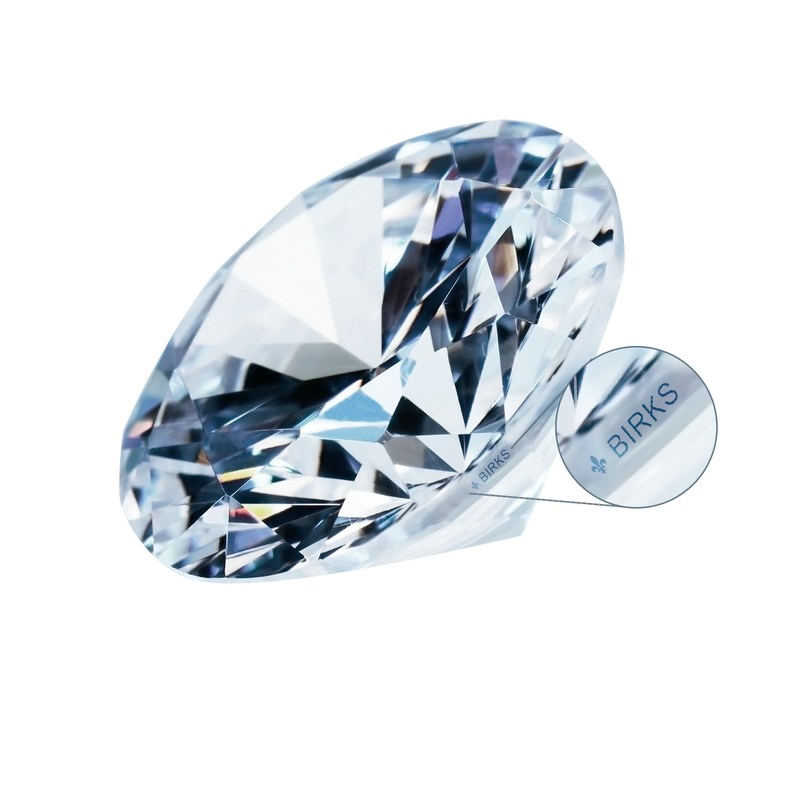 One of the first diamonds from Quebec available on the market, exclusively at Birks. 10.01 carats diamond from the Stornoway Diamond Corporation Renard Mine. (CNW Group/Birks Group Inc.)