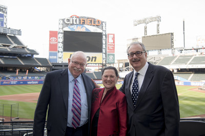 2017 recipient of the Sy Syms Humanitarian Award, Michael Steinhardt with Sy Syms Foundation Founding Trustee and President, Marcy Syms, and Treasurer and Trustee, Mark Frieberg, at the Annual Sy Syms School of Business Awards Gala Dinner at Citi Field.