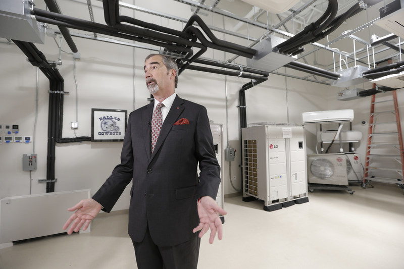 The state-of-art new LG Training Academy, located in the Dallas suburb of Farmer's Branch, Texas, is nearly three times the size of LG's previous facility – now expanded to more than 15,000 square feet of training and support space.