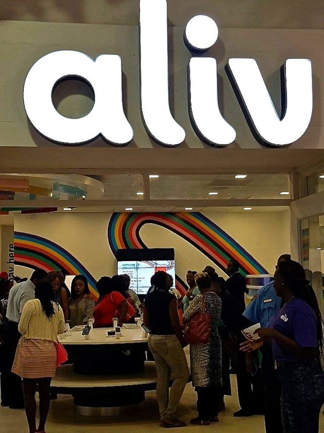 Customers enjoying the scent in the Aliv store