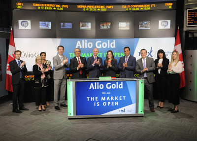 Greg McCunn, CEO, Alio Gold Inc. (ALO), joined Rob Peterman, Vice-President, Global Business Development, TMX Group, to open the market. Alio Gold is a Canadian gold mining company engaged in exploration, development and production in Mexico. Its principal assets include the producing San Francisco mine in Sonora, Mexico and the development stage Ana Paula project in Guerrero, Mexico. Alio Gold Inc. commenced trading on Toronto Stock Exchange on May 16, 2017. (CNW Group/TMX Group Limited)