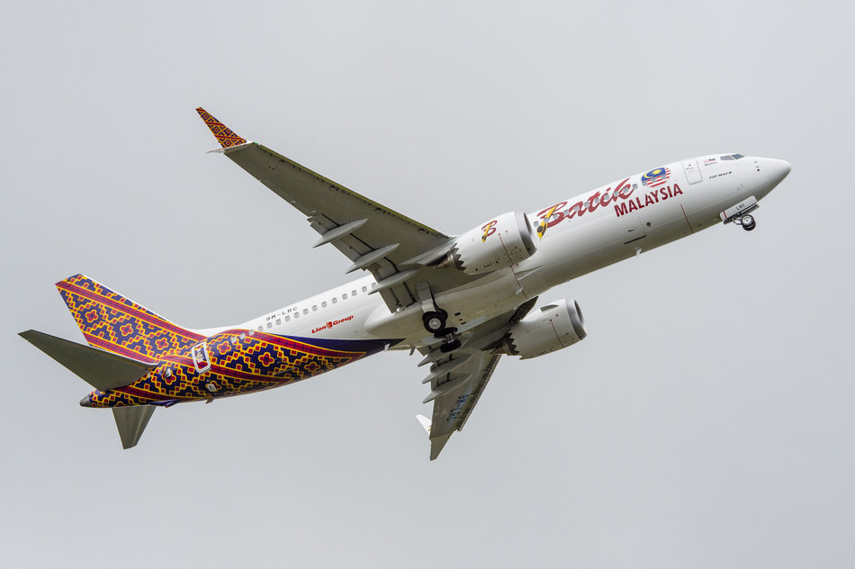 Boeing marked the first delivery of the new 737 MAX to Malindo Air. The airplane is seen here in Malindo's new Batik Air Malaysia livery.