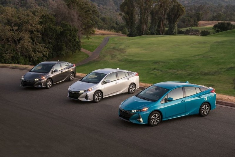 2017 Toyota Prius Prime will be on sale June 1st exclusively in Quebec (CNW Group/Toyota Canada Inc.)
