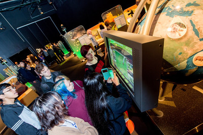 Ontario Science Centre Science School students discover animal conservation around the world at Wildlife Rescue, opening May 18 at the Ontario Science Centre. (CNW Group/Ontario Science Centre)