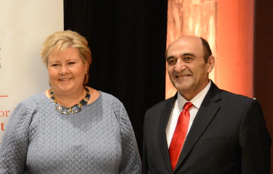 Prime Minister of Norway, Erna Soleberg, and Dr. Harley Seyedin (PRNewsfoto/AmCham South China)