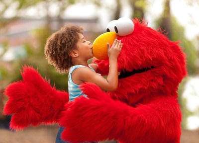 APNewsBreak: Sesame Street, SeaWorld plan more joint parks