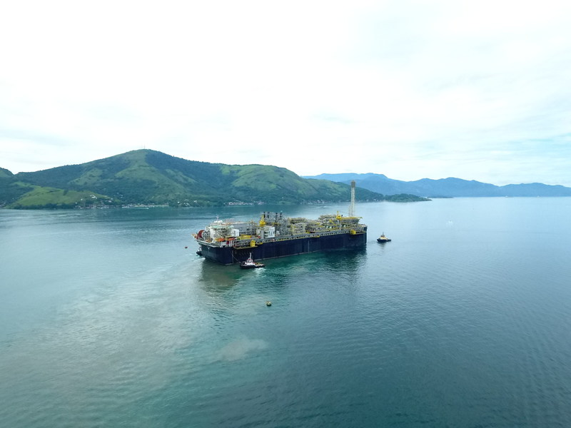P 66 FPSO Sailing To Its Final Destination Image Courtesy Petrobras