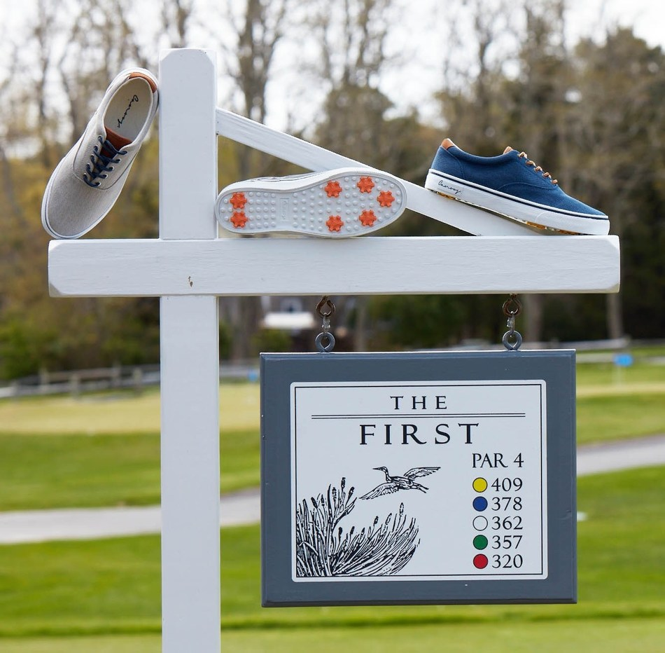Now playing...Canoos Canvas Golf Shoes