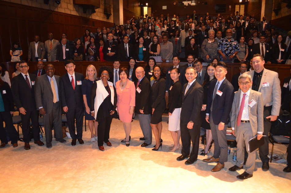 Attendees and speakers gather for a group photo during the 2017 National AAPI Business Summit held at the U.S. Department of Commerce in Washington, D.C. The event was hosted by the Minority Business Development Agency (MBDA) and the National Asian/Pacific Islander American Chamber of Commerce and Entrepreneurship (National ACE).